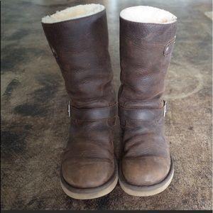 Ugg 8 Women's Sutter Winter Boot Water Resistant